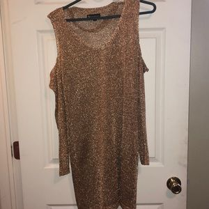 Dresses & Skirts - Gold party dress